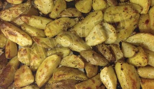 Быстро и вкусно: картошка по-деревенски