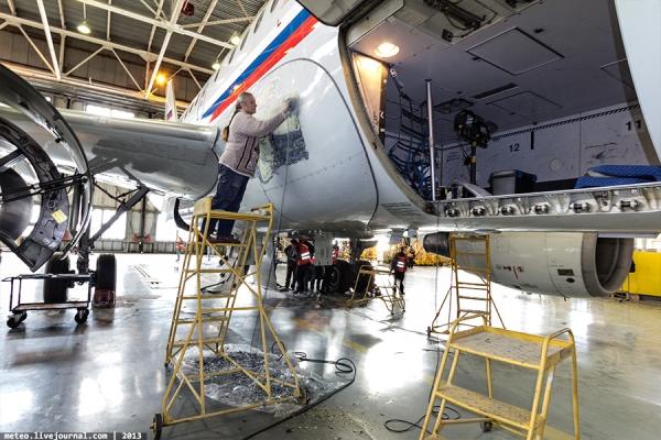 Максим Кавджарадзе вСовете Федераций поднял вопрос оситуации сроссийскими авиаперевозчиками