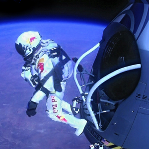 Red Bull Stratos: задание выполнено (фото)