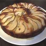 Ароматный грушевый пирог с шоколадом