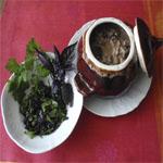 Рецепты для диабетиков: Баклажаны с мясом под ореховым соусом в горшочках