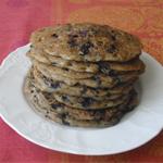 Рецепт для диабетиков: оладьи с черникой из ржаной муки