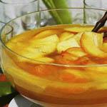 """Простые рецепты алкогольных коктейлей: """"Яблочный пунш"""""""