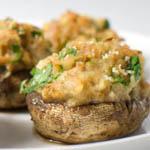 Вторые блюда с грибами: Фаршированные шампиньоны