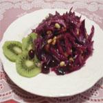 Рецепты для диабетиков: Капустный салат с киви